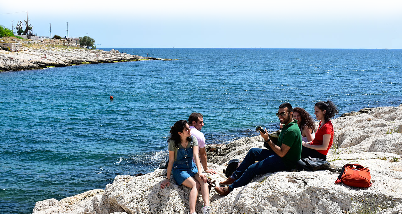 piraeus, direction, sea, people